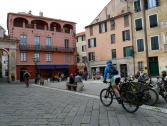 Finalborgo, Piazza Garibaldi (Ph: Provincia di Savona)
