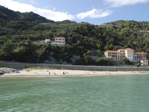 Spiaggia libera Porto San Donato  (Ph: Rescigno-Merlo)