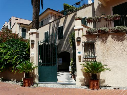 Les Arcades (Ph: Provincia di Savona)