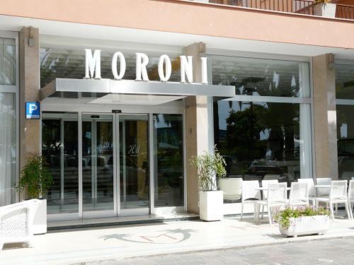 Grand Hotel Moroni (Ph: Provincia di Savona)