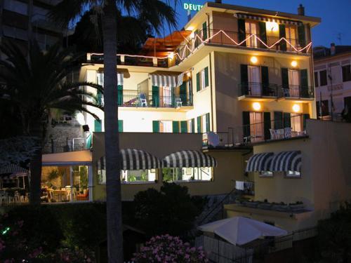 Hotel Deutsche Familien (Ph: Sito web)