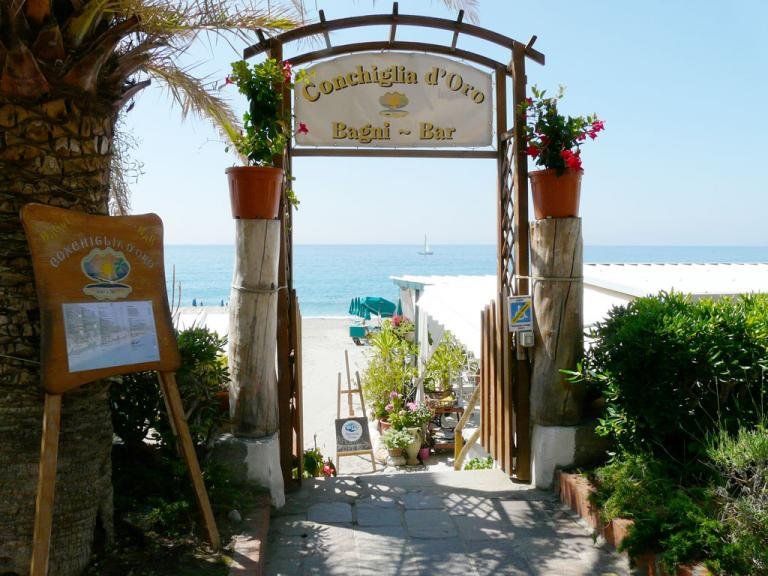 Bagni Conchiglia D'oro (Ph: Provincia di Savona)