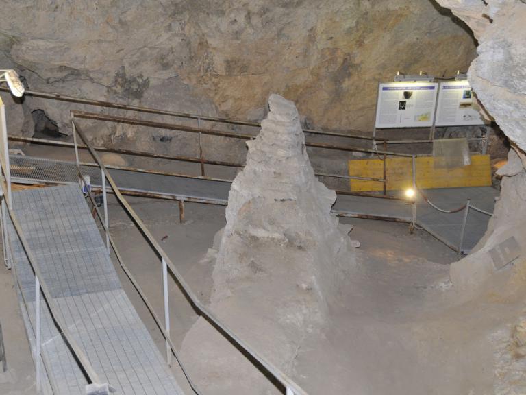 Caverna delle arene candide sito turistico ufficiale for Deck arc x arene 7