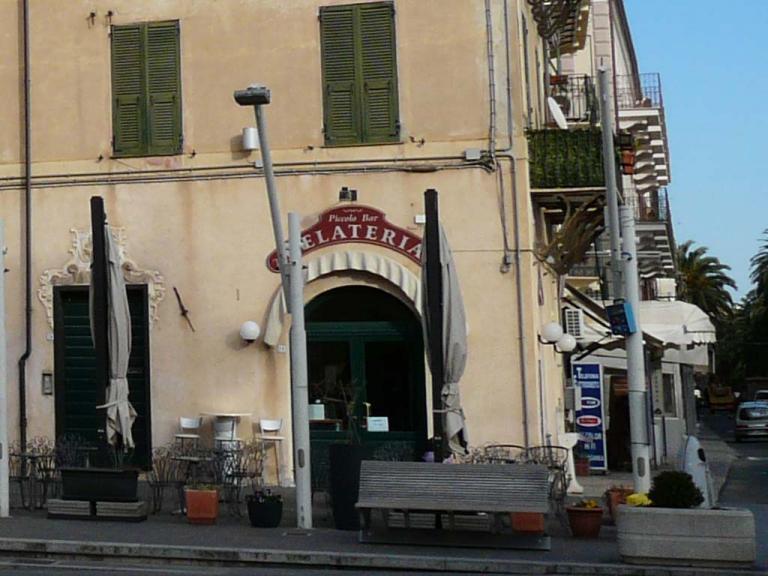 Gelateria Piccolo bar (Ph: Provincia di Savona)