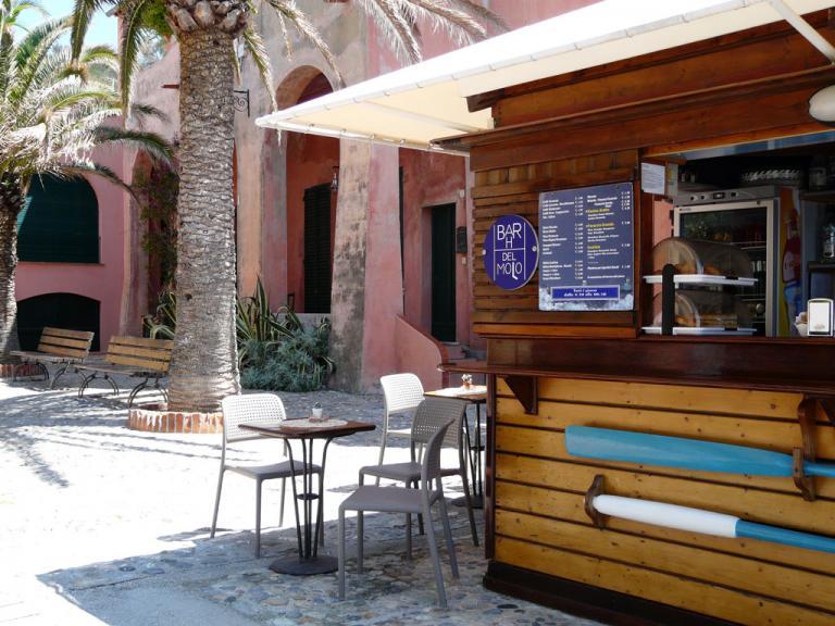 Bar Del Molo (Ph: Provincia di Savona)