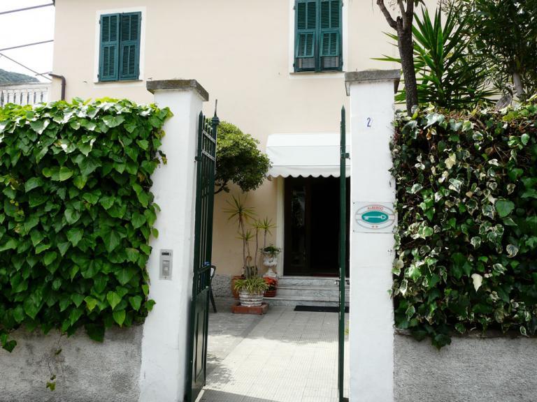 Hotel Giardino delle Rose (Ph: Provincia di Savona)