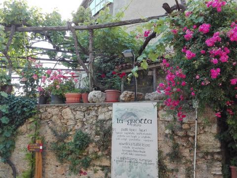 La Grotta (Ph: Provincia di Savona)