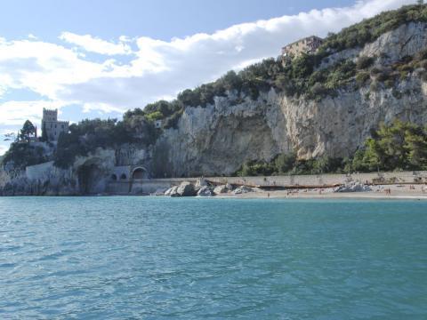 Spiaggia libera Castelletto (Ph: Rescigno-Merlo)